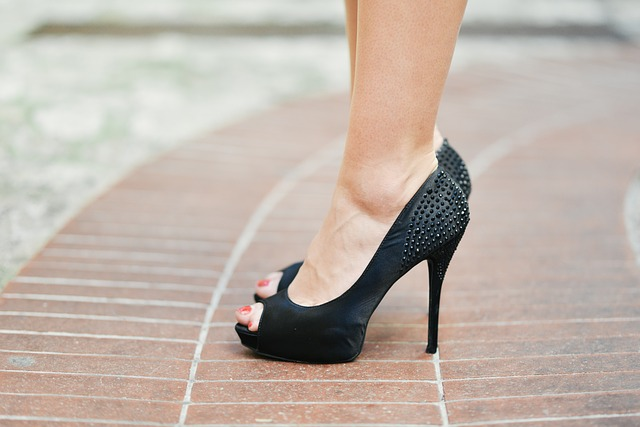 feel comfortable in high heels