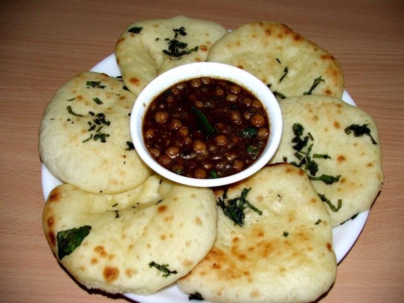 punjabi-foods-kulche-cholle