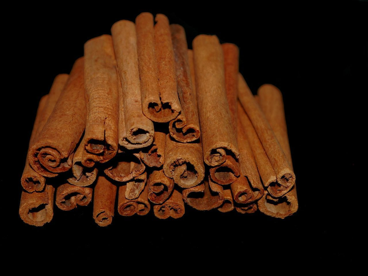 spices-for-the-indian-kitchen-cinnamon
